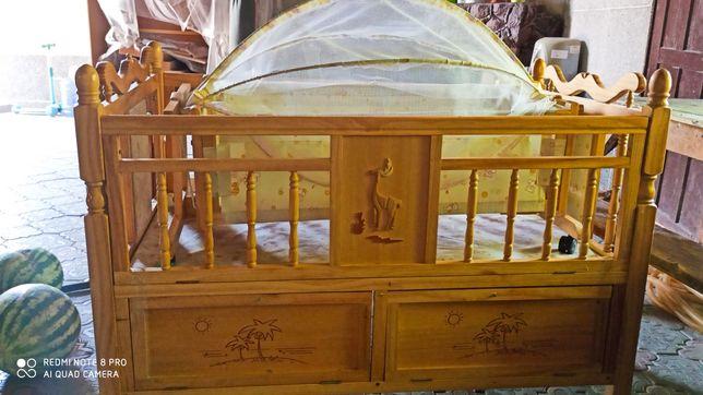 Продам кровать манеж 2в1