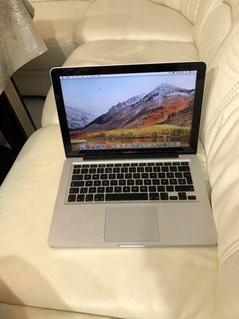 Macbook pro 13 inch , 2011 procesor i5 memorie 4 gb