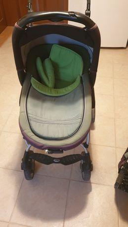 Бебешка количка.