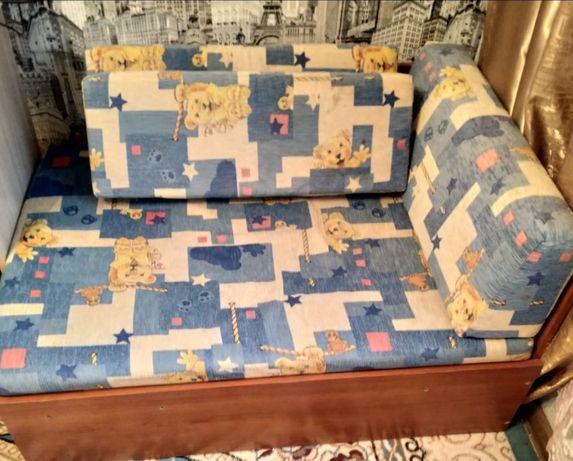 Продам детский мини диван