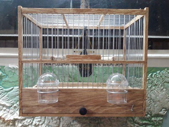 Дървени клетки и капани за птици