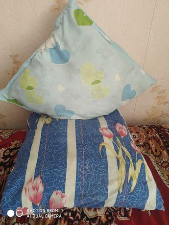 Продам подушки из синтепона.