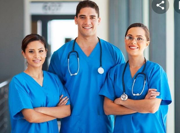 Cursuri de infirmiere/i