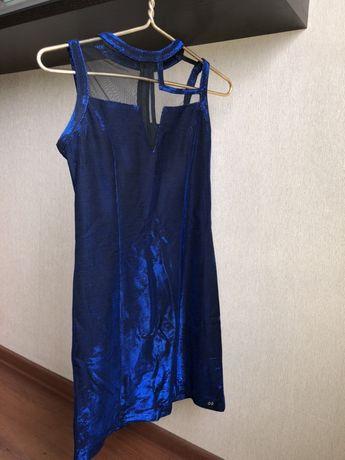 Платье WAGGON размер S Алматы