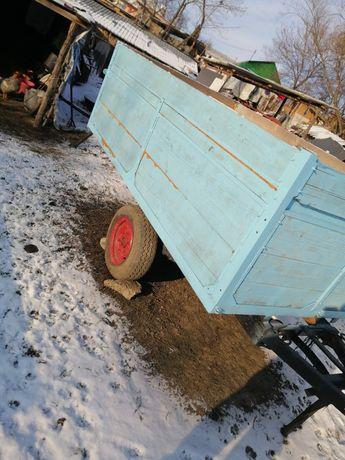 Remorca tractor..
