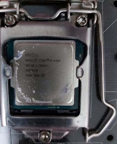 Vand Procesor i5 4460 3.2 GHz Socket 1150 + Cooler stock Intel