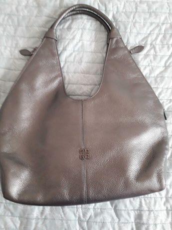 Чанта Givenchy- естествена кожа