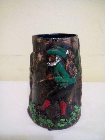 Carafa ceramica pictata, in relief.