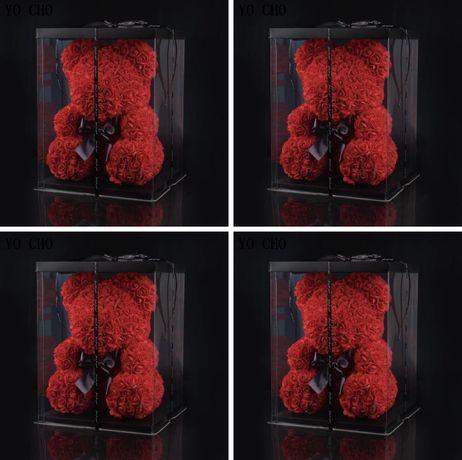 Figurina ursulet din trandafiri in cutie de 40 cm
