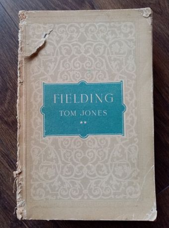 "Carte ""Tom Jones"" de Henry Fielding - doar volumul 2"