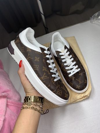 Sneakers louis vuitton Time out
