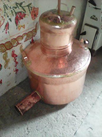 Vând cazane de țuică cazanul are 150 de litri cu toată instalația
