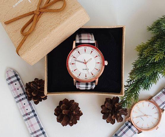 Дамски часовник с каишка Burberry check