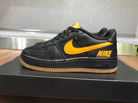 ОРИГИНАЛНИ *** Nike Air Force 1 CV8 5 Gore - Tex / Black Orange