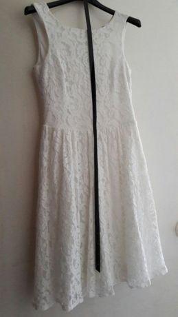Rochie dantela albă