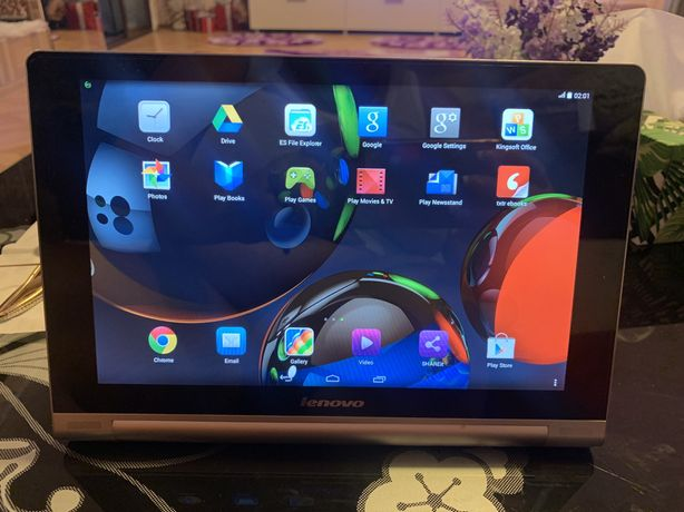 Vand tableta Lenovo Yoga - perfect functionala - tab 10- display mare