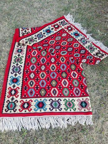 "Чипровски килим ""Бомбички"""