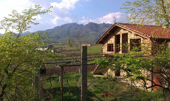 Вила близо до града с прекрасна гледка към Карандила
