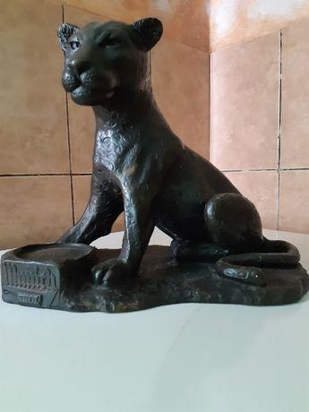 Statueta pantera neagra plina, din rasina compozit ,,MUNICH,, aprox 3k