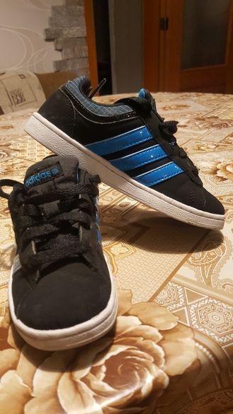 Продавам маратонки Adidas 29