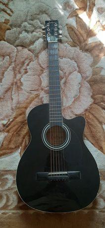 Продаётся гитара акустическая
