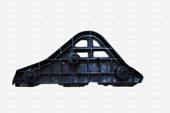 Кронштейн переднего бампера RH Camry V50 12-