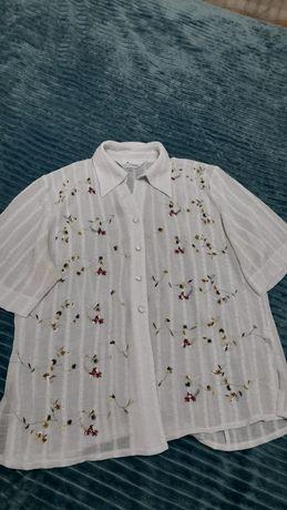 Продам белые две рубашки.  52-54 размера.