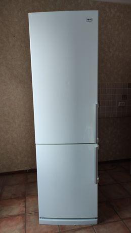 Холодильник lg , ноу фрост