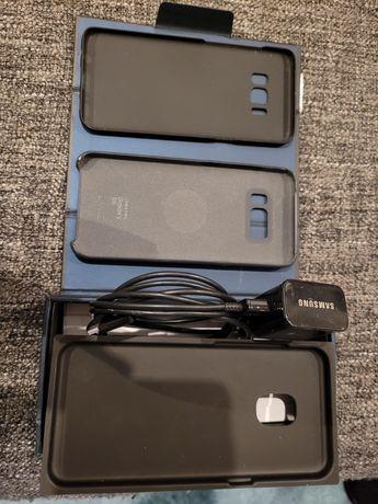 Vând cutie S8 cu accesorii