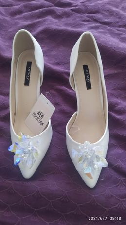 Pantofi noi Orsay accesoriu detasabil atasabil marime ,39 mireasa nasa
