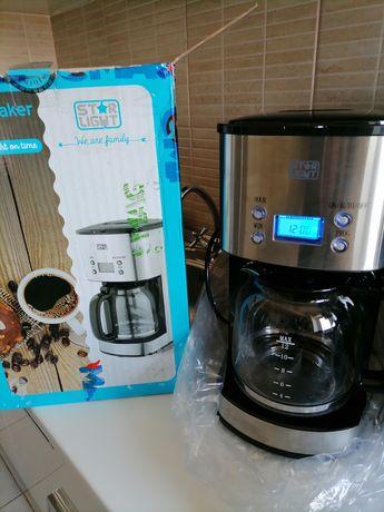 Vand cafetiera cu timer programare, nou nouța produs de calitate.