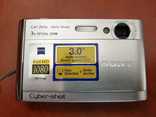 Camera fota digitala Sony DSC T70.