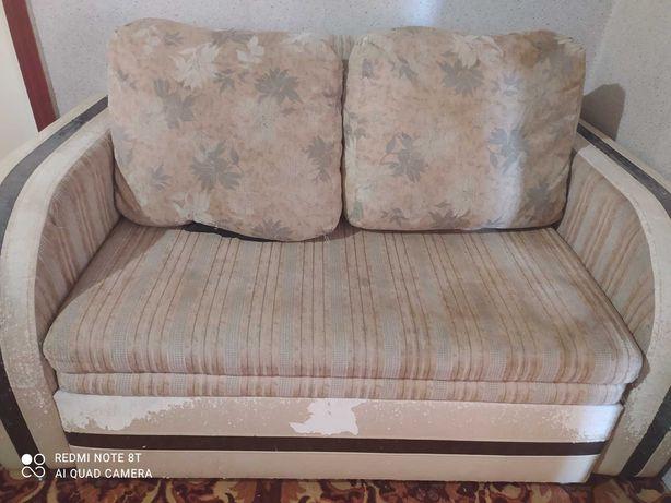 Продам диван срочно срочно