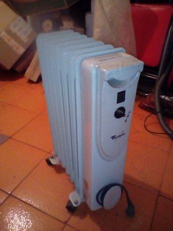 calorifer electric pe ulei Whirpool, 1500 W, stare f buna!