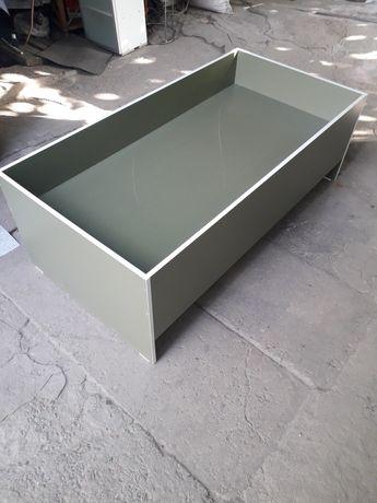 Детская кровать 150×75  столик и стульчик