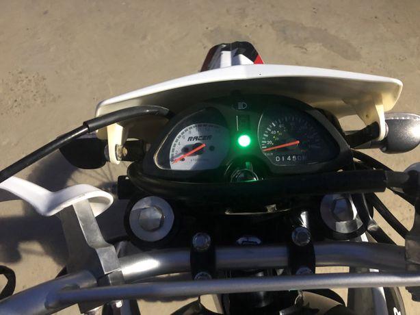 Мотоцикл Расер Пантера