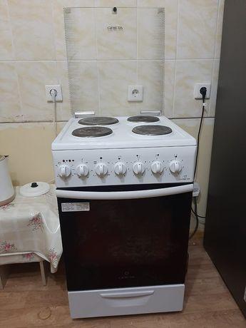 Продам электрическую плиту фирмы Greta
