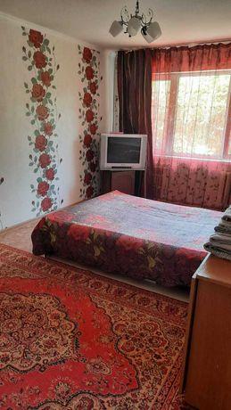 Сдаётся 1 комнатная квартира посуточно, Абылайхана Райымбека