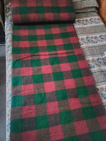 Домашно тъкано платно