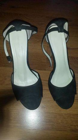 Елегантни сандали на платформа Намалявам