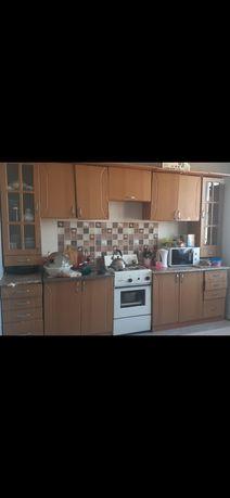 Кухонный гарнитура
