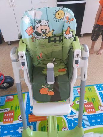 Продам обеденный стульчик
