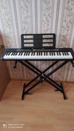 Продам синтезатор с подсветкой клавиш  S 250 Casiotone