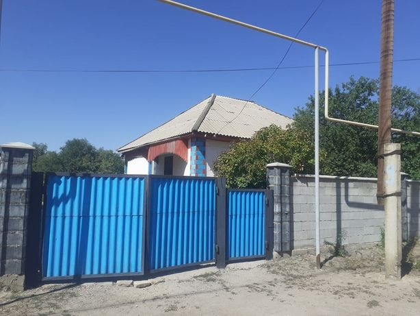 Продам дом в селе Арна