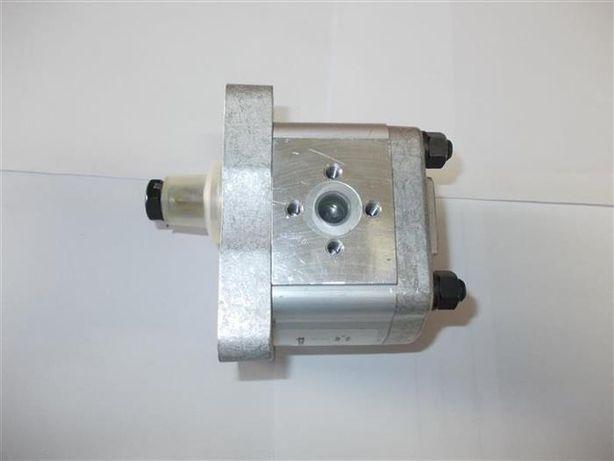 Pompa hidraulica servo directie tractor - pompe servo tractoare utb