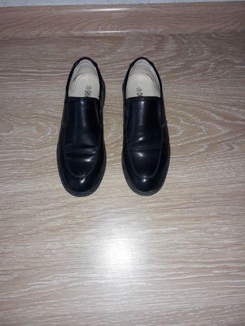 Школьные туфли на мальчика размер 34
