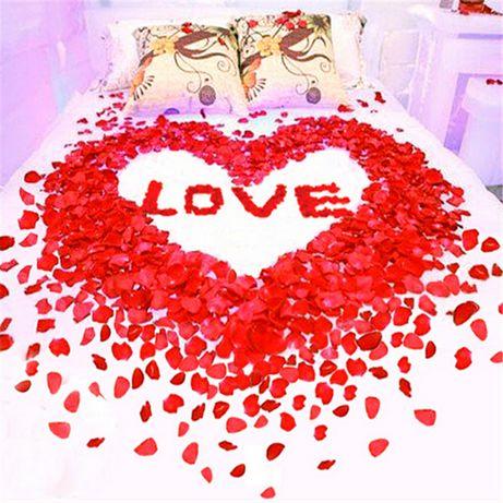 Романтичен подарък ! 8 - ми март ! Копринени Листа от рози 1000 бр.