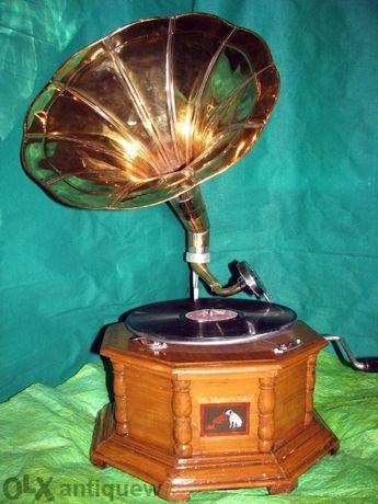 грамофон с фуния