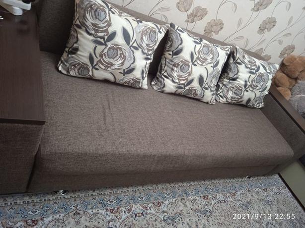 Продам мебель диван камот и тумбу