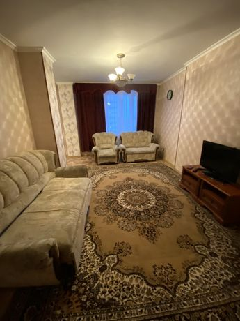 Сдам 2х комнатную квартиру на Момышулы и посуточно 10000